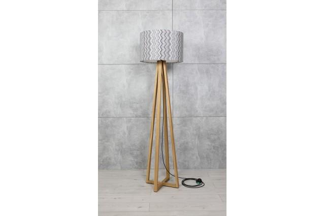 Lampa stojąca podłogowa z drewna litego